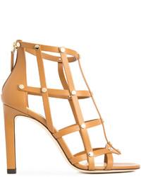 Sandalias de tacón de cuero con tachuelas marrón claro de Jimmy Choo