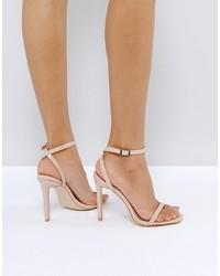 Sandalias de tacón de cuero en beige de Public Desire