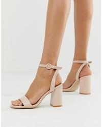 Sandalias de tacón de cuero en beige de RAID