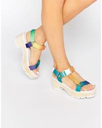 Sandalias de tacón de cuero en multicolor