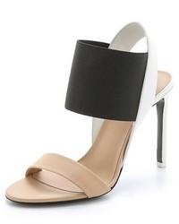 Sandalias de tacón de cuero en negro y marrón claro de Vince