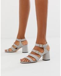 Sandalias de tacón de cuero grises de Faith