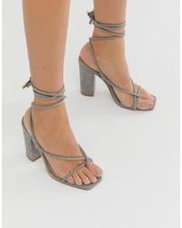Sandalias de tacón de cuero grises de Public Desire