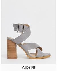 Sandalias de tacón de cuero grises de Raid Wide Fit