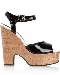 Sandalias de tacón de cuero gruesas negras de Fendi