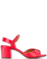 Sandalias de tacón de cuero gruesas rojas de Chie Mihara