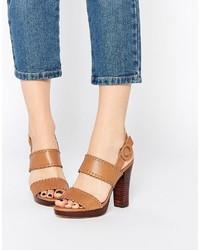 Sandalias de tacón de cuero marrón claro de Dune