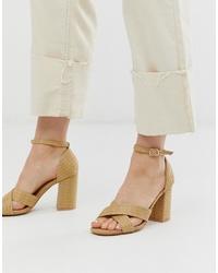 Sandalias de tacón de cuero marrón claro de Glamorous
