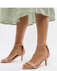 Sandalias de tacón de cuero marrón claro de Glamorous Wide Fit