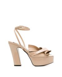 Sandalias de tacón de cuero marrón claro de N°21