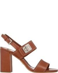 Sandalias de tacón de cuero marrónes