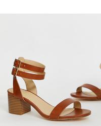 Sandalias de tacón de cuero marrónes de Oasis