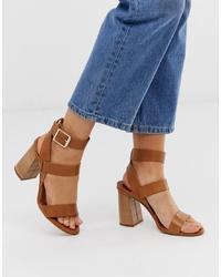 Sandalias de tacón de cuero marrónes de Office