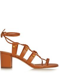 Sandalias de tacón de cuero marrónes de Valentino
