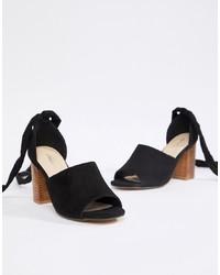 Sandalias de tacón de cuero negras de Park Lane