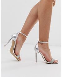 Sandalias de tacón de cuero plateadas de Lipsy