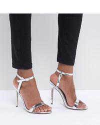 Sandalias de tacón de cuero plateadas de Missguided