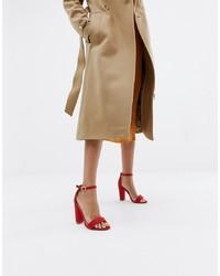 Sandalias de tacón de cuero rojas de Glamorous