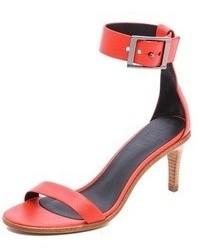 Sandalias de tacón de cuero rojas de Tibi