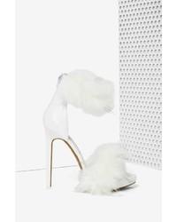 Sandalias de tacón de pelo blancas