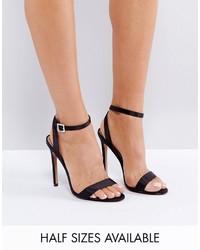 Sandalias de tacón de satén negras de Asos