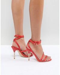 Sandalias de tacón de satén rojas de Truffle Collection