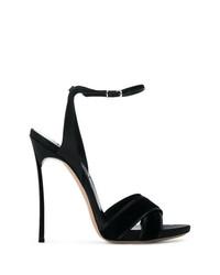 Sandalias de tacón de terciopelo negras de Casadei