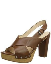 Sandalias de tacón marrónes de Unisa