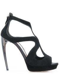 Sandalias de tacón negras de Alexander McQueen