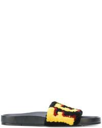 Sandalias negras de Fendi