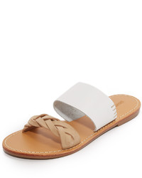 Sandalias planas de ante blancas