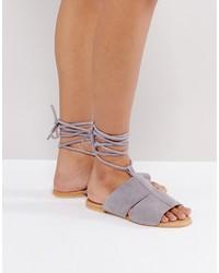 Sandalias planas de ante grises de Asos