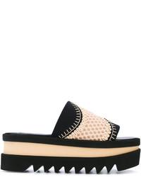 Sandalias planas de crochet negras de Stella McCartney