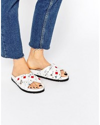 Sandalias planas de cuero blancas de Kat Maconie