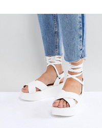 Sandalias planas de cuero blancas de Raid Wide Fit