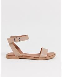 Sandalias planas de cuero en beige de New Look
