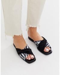 Sandalias planas de cuero en blanco y negro de ASOS WHITE