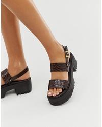 Sandalias planas de cuero gruesas en marrón oscuro de ASOS DESIGN