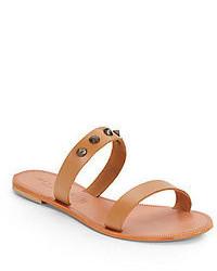 Sandalias planas de cuero marrón claro