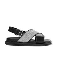 Sandalias planas de cuero negras de Marni