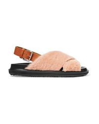 Sandalias planas de pelo rosadas de Marni
