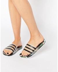 Sandalias planas negras de adidas