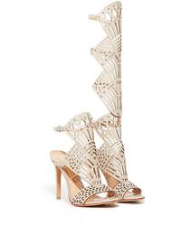 Sandalias romanas altas de cuero en beige