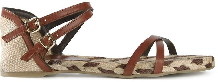 Sandalias romanas de cuero en marrón oscuro de Castaner