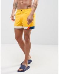 Shorts de baño amarillos de Asos