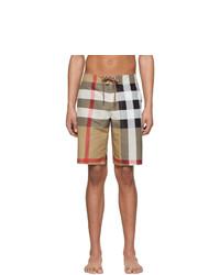 Shorts de baño de tartán marrón claro de Burberry