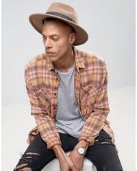Sombrero con estampado geométrico marrón de Asos