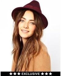 Sombrero de lana burdeos de Catarzi