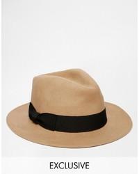 Sombrero de lana marrón claro de Reclaimed Vintage