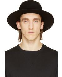 Sombrero de lana negro de Robert Geller